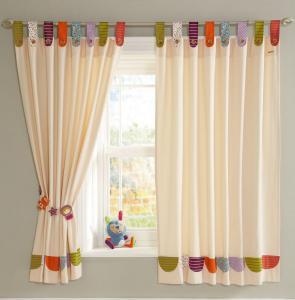 como-hacer-cortinas-con-tiras-5
